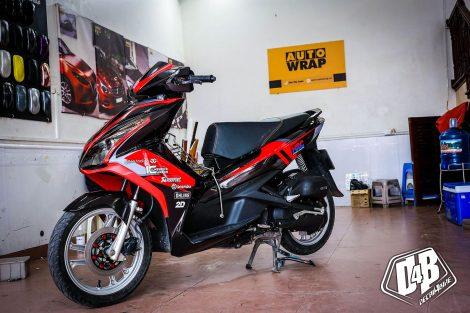 ab300138 air blade 125 red black hrc 01