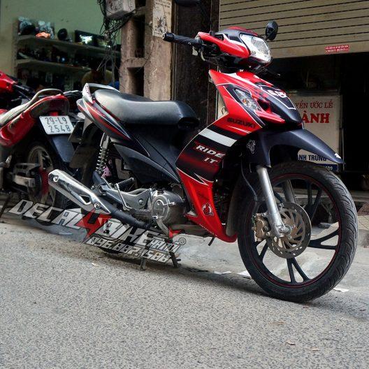 ax000006 suzuki axelo ride it 1