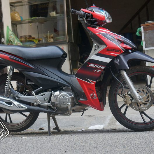 ax000006 suzuki axelo ride it 2