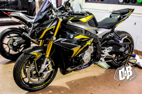 bmw s1000r yellow line candy 1