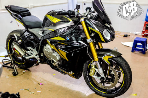 bmw s1000r yellow line candy 3