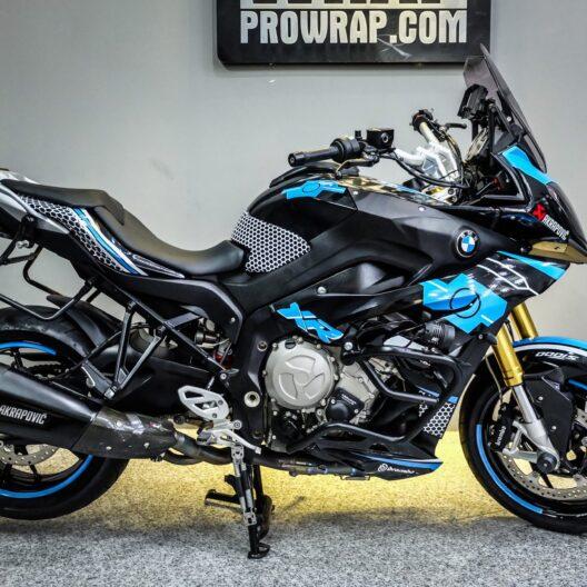 bmw300008 bmw s1000 xr black blue 1