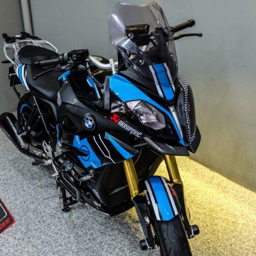 bmw300008 bmw s1000 xr black blue 2