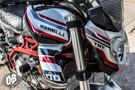 bnl100026 benelli tnt 300 red silver candy 1