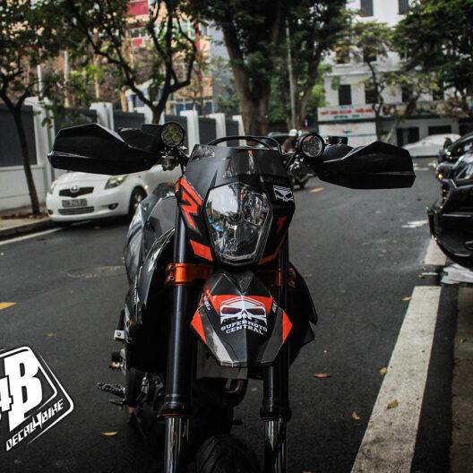 cc000022 ktm smc 690 black orange 1
