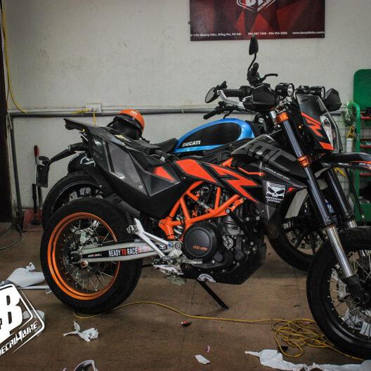 cc000022 ktm smc 690 black orange 4