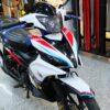 ex200275 exciter 135 red blue white 2