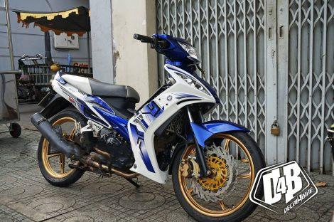 ex3000018 exciter 135 2010 blue crg 02