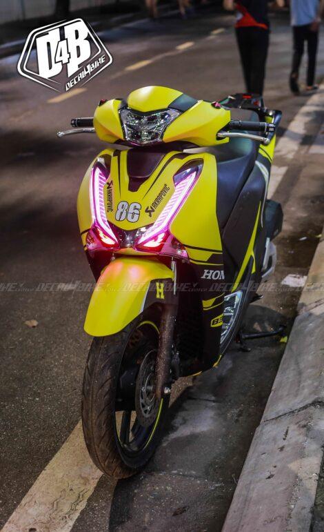 sh400065 honda sh 2017 black yellow 1