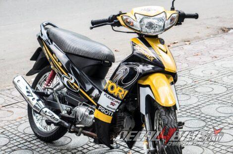 sr000074 sirius yellow